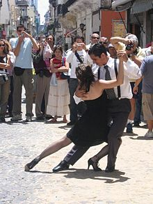 Argentine Tango, a Popular Dance (image courtesy of Wikipedia Commons)